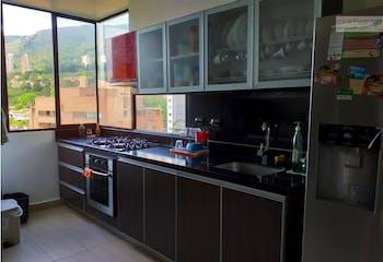Apartamento en venta en San Lucas Poblado, Con 4 Habitaciones-181.5mt2