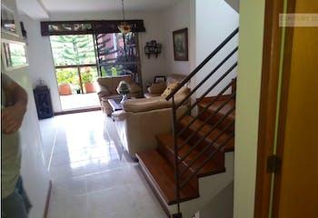 Casa en venta en Envigado zona El Esmeraldal,Con 3 habitaciones-92mt2