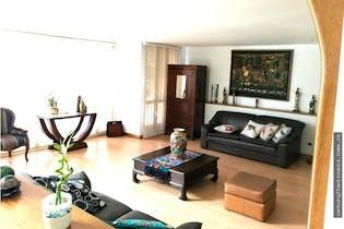 Apartamento en venta en Patio Bonito, Con 3 habitaciones-186mt2