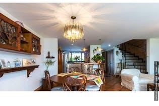 Casa en venta en Loma del Chocho de 217 mt2. con balcón