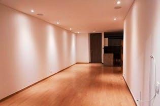 Apartamento en venta en Bella Suiza de 3 hab. con Minigolf...
