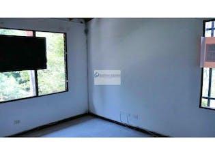 Casa en venta en El Trianón de 132 mt2. con patio
