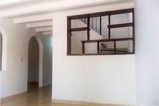 Casa en venta en Belen Centro de 180mts2, dos niveles