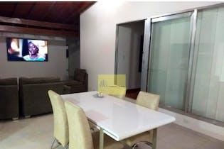 Casa en venta en La Castellana de cuatro habitaciones