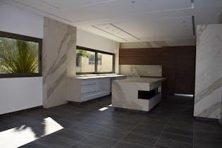 Casa en venta en Jardines del Pedregal de 850mts2, dos niveles