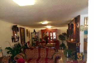 Casa en venta en Valle Dorado de tres recamaras