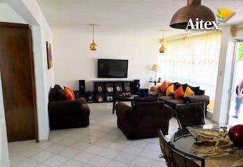 Casa en venta en Santa Ana de tres recamaras