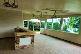 Casa en venta en Condado De Sayavedra con chimenea