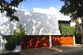 Casa en venta en La Herradura, de 377mtrs2
