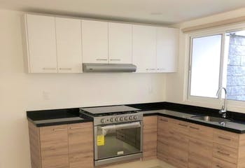 Casa en venta en Lomas Lindas 2da Secc, 170mt.