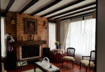 Casa en venta en Casco Urbano Chía de 227m² con Balcón...