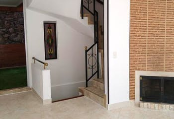 Casa en venta en Pinar de Suba, 133mt con chimenea.