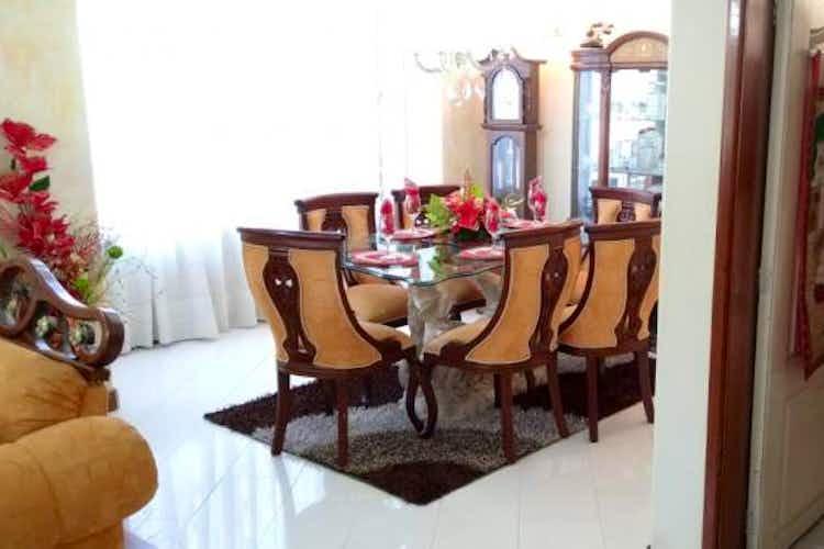 Portada Casa en venta en Prado Pinzón de 280mts2, dos niveles