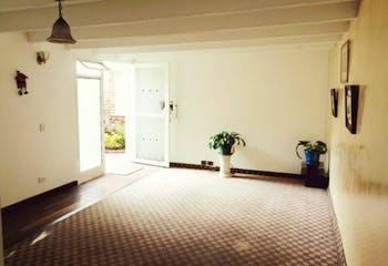 Casa en venta en Nueva Zelandia, 67mt de tres niveles.