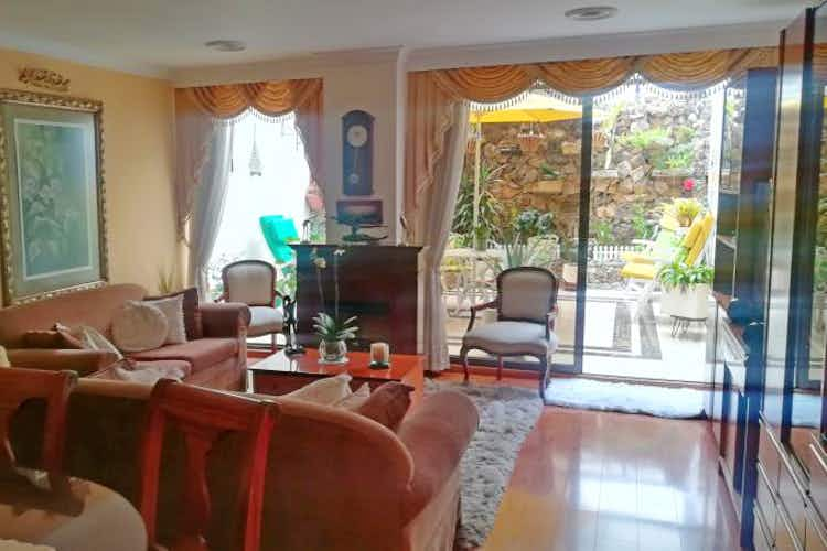 Portada Apartamento en venta en Santa Paula, 84mt con terraza
