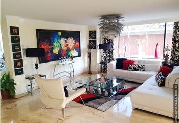Casa en venta en El Tesoro, 731mt de tres niveles.
