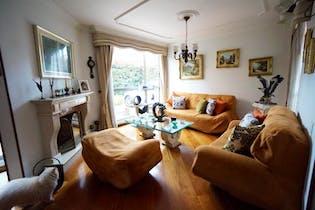Casa en venta en Gratamira de 205 mts, con 3 habitaciones- con chimenea