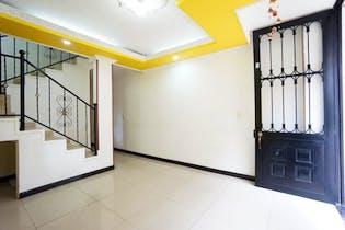 Casa En Venta En Villas de Granada de 113.7 mt2 con 3 niveles