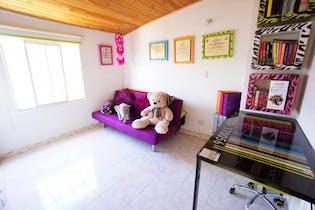 Casa en venta en Suba de 63 mts de tres niveles