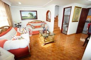 Casa en venta Santa Helena de tres niveles 101 mts