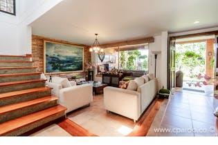 Casa en venta en Loma del Chocho, Envigado de 252mtrs2