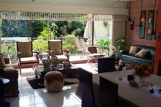 Apartamento en venta Loma de Benedictos de 161 mts de tres habitaciones