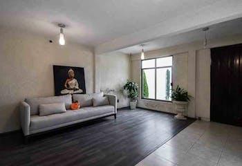 Casa en venta en El Mirador, 254mt.