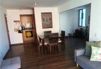 Apartamento en venta en El Poblado de 93m² con Piscina...