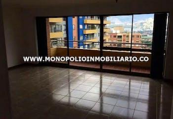 Apartamento en venta en Loma De Los Bernal de 3 hab. con Gimnasio...