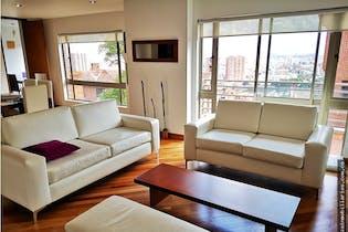 Apartamento en venta en Barrio Niza de 4 habitaciones