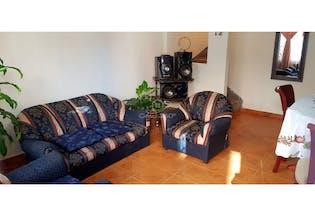 Casa en venta en Suba Lombardia de 120mts2, tres niveles