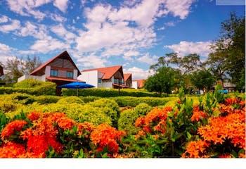 Casa Campestre en venta en Santa Fe de Antioquia con balcón