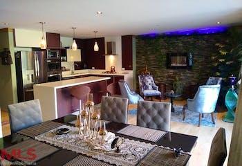 Apartamento en venta en Loma Del Escobero 147m² con Piscina...