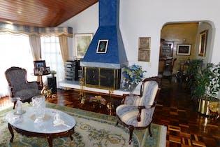 Casa en venta en Niza Norte de 396mts2, tres alcobas