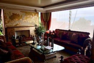 Casa en venta en Colinas de Suba de 400mts, cuatro niveles