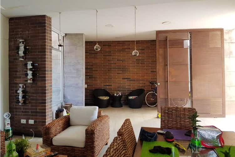 Portada Finca en venta en  Casco Urbano Santa Fé de Antioquia, Con 3 habitaciones-1380mt2