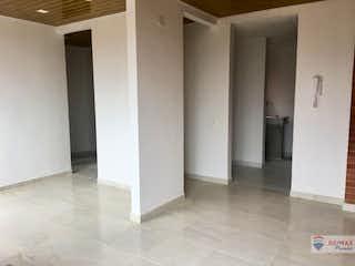 Un cuarto de baño con dos lavabos y dos puertas en Caminos de Sie II