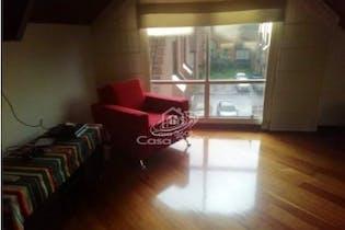 Casa en venta en Barrio Cedritos, Con 3 habitaciones-210mt2