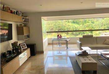 Apartamento en venta en Poblado, El Tesoro, Con 3 habitaciones-171mt2