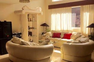 Casa en venta en Mayorazgos Del Bosque de 300 mts2 de 2 niveles
