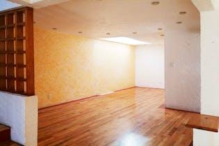 Casa en venta en Colonia Cuajimalpa de 190mts2, tres niveles