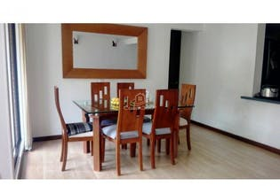 Apartamento en venta en Pontevedra, Bogotá de 77,25 con balcón