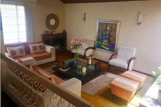Casa en venta en Las Villas, Colina Campestre de 396mtrs2 con chimenea
