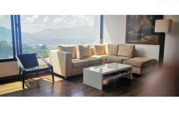 Apartamento en venta en El Poblado, 62m² con Jardín...