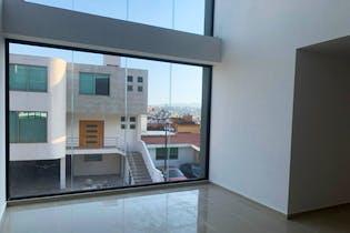 Casa en venta en Lomas De Bellavista, de 334mtrs2