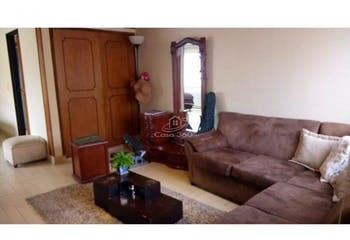Casa en venta en La Alhambra de 346.05 mt2. con 2 chimeneas