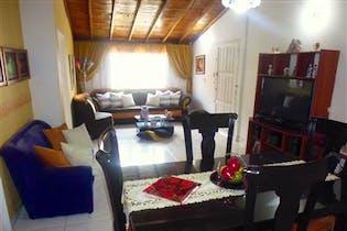 Casa en venta en Santa Monica de cuatro habitaciones.