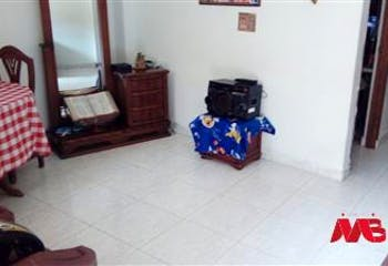 Apartamento en venta en Manrique Oriental de 4 hab.