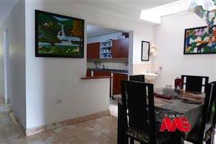 Casa en Venta en sector Universidad de Medellin, Con 5 Habitaciones-170mt2