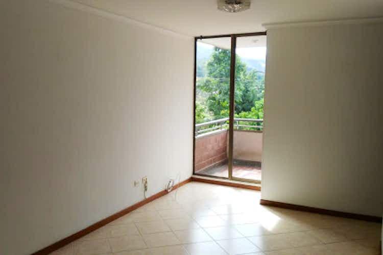 Portada Apartamento en venta en Loma de los Bernal de 75m2.